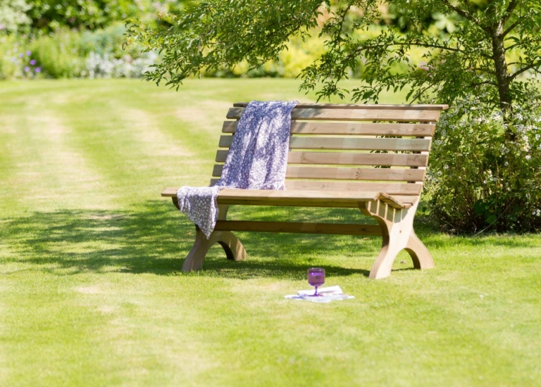Harriet-Park-Bench